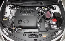 K&N Air Intake under the hood of 2013-2016 Nissan Altima, Pathfinder and Infiniti JX35