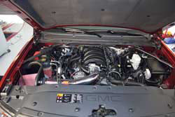 77-3085KP intake system looks good under the hood of the 2014 Chevy Silverado 4.3L V6