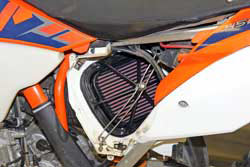 Installation of the K&N 2007-2016 KTM & Husqvarna reusable air filter is simple