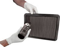 When using the air filter oil squeeze bottle, apply K&N air filter oil evenly along the crown of each pleat
