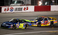Greg Pursley leads Eric Holmes at the 2011 NKNPS West in Las Vegas