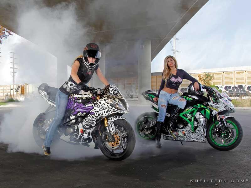 bikini-calendar-motorcycle