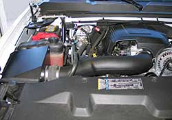 The K&N 2009-2014 GM full-size 1500 pickup or SUV V8 air intake system incorporates an air filter heat shield
