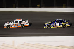 Todd Gilliland fights for the lead at Kern County Raceway Park in Bakersfield, California