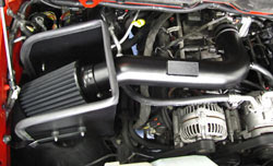 K&N 71-1533 Blackhwak intake installed on 2007 Dodge Ram