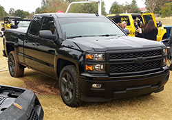 2014 Chevy Silverado 1500 features a 4.3L EcoTec3 V6 engine