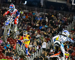 Alex Martin rode the rest of the main event incredibly smart, resisting a late race charge by Malcolm Stewart and holding on to 3rd place