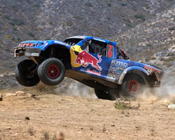 A mechanical problem forced race leader Robby Gordon off the course and allowed the Menzies Motorsports Red Bull Trophy Truck to take the Baja 500 lead