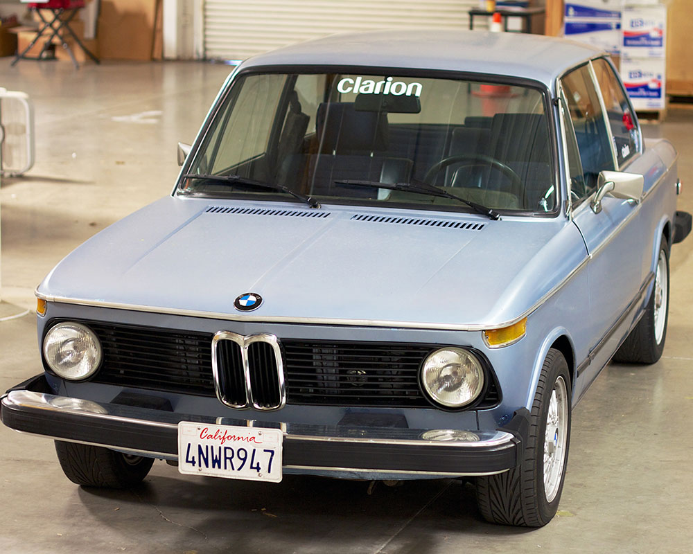 k n filters supports the clarion builds classic 1974 bmw. Black Bedroom Furniture Sets. Home Design Ideas