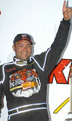 Donny Schatz wins 16th main event at Tucson