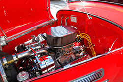 crate small block Chevrolet engine