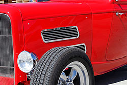 Barnard constructed the aluminum hood side and side vent grilles himself.