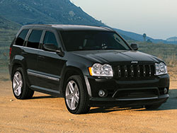 Jeep focused on improving on-road handling and ride quality dropping the traditional solid front axle
