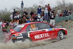 Fans line up to witnes 2007 Corona Rally Mexico