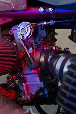 Honda CB 750-836 by AFT Customs throttle body