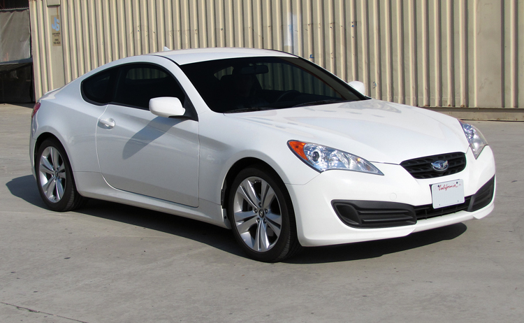 Beautiful 2010 Hyundai Genesis 2.0L