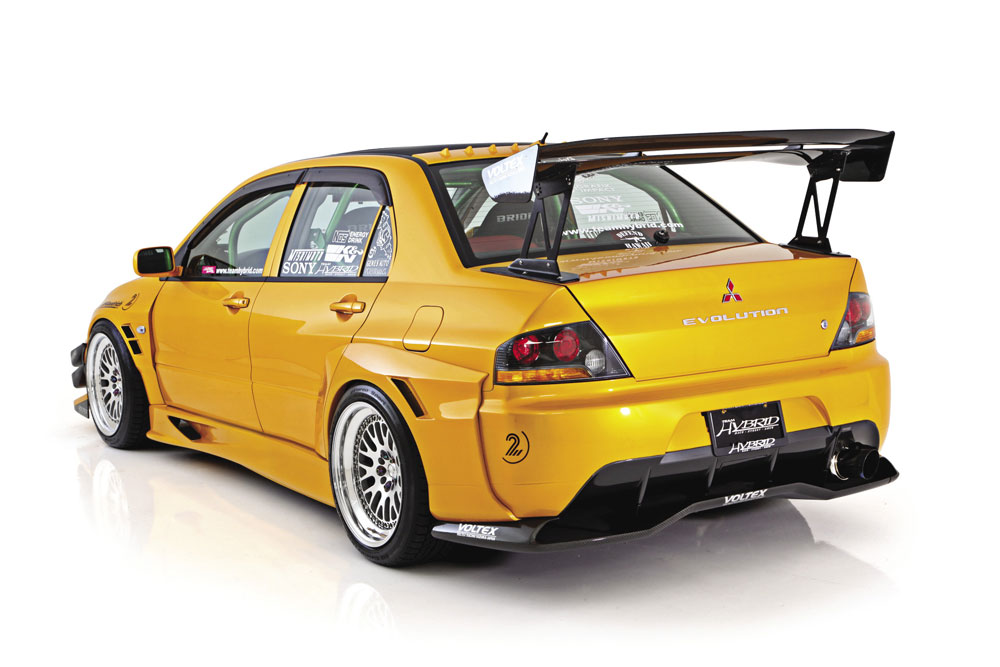 Keoni Viernes' 2005 Mitsubishi Lancer Evolution is the New Beast of the Las Vegas Strip