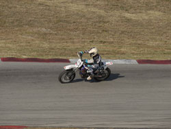 Justin breaking away from the pack on Sam's YZF-250