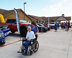 Alma Molina, wife of Projekt Cars founder Carlos Molina, came up with an idea to give back to the community by doing what Projekt Cars is best at; showing off custom cars