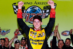 Ryan Blaney and team celebrating their victory in Phoenix