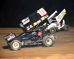 Terry Gray and Zach Pringle battled for the lead at the Hammerdown at Hammer Hill early on, only to eventually fall behind Tim Crawley, who walked away victorious