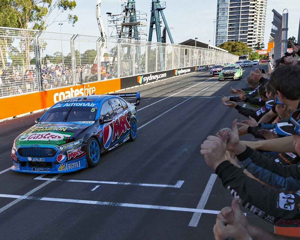 Mark \'Frosty\' Winterbottom Claims First International V8 Supercars ...