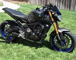 The 2014 MT-09, or FZ-09 in the U.S., uses the first Yamaha inline triple since Yamaha XS750 and Yamaha XS850 models were manufactured from 1976 to 1981