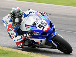 Roger Lee Hayden used the power and handling of his K&N filters equipped Yoshimura Suzuki GSX-R1000 to trip the scoring beam