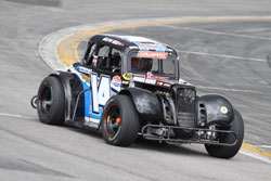 Reed finding the familiar groove at the Toyota Speedway