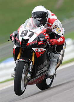 Ben Thompson in the AMA Daytona SportBike Series Race in Leeds, Alabama