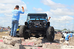 Jeep Beach 2016 extreme obstacle course broken concrete