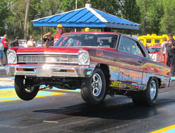 Bill Zaskowski recently made a showing at the JRGS NHRA SPORTSnatioanls at Belle Rose,Louisiana in his Chevy II.