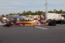 After winning the Super-Rod class on Saturday Brain Folk followed that up with a semi-final finish is his Top Dragster.