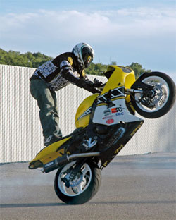 Bubash rides a 2004 Kawasaki ZX6R with a nostalgic Yamaha paint job to support the Pittsburgh Steelers.