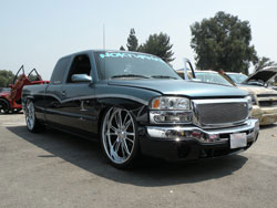 Chris Lara's Custom 2003 GMC Sierra 1500 with a 5.3 liter V8 engine