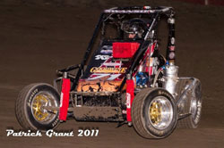 Cody throwing it sideways in a heat race in Hanford, California. Photo by Patrick Grant.