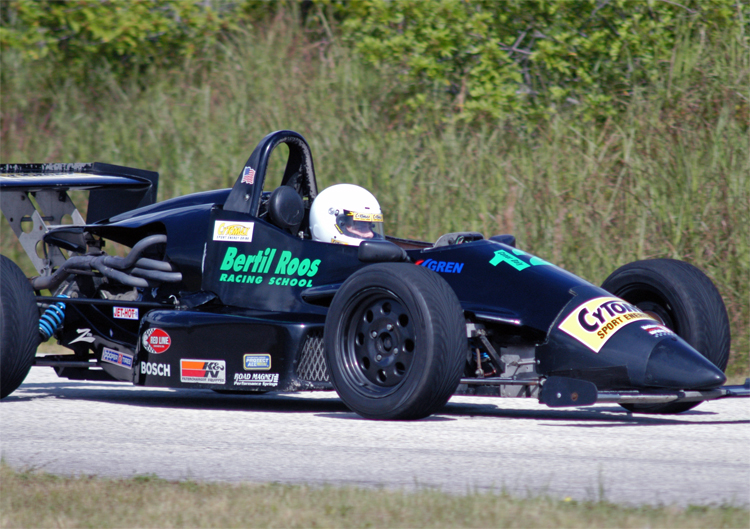 youngest driver to win formula ford event is graduate of bertil roos racing school. Black Bedroom Furniture Sets. Home Design Ideas