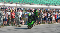 Without any long distance stoppie practice under his belt Dan Jackson still pulled off stupefying distance of 550 feet.
