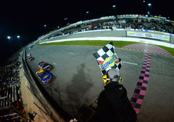 Daniel Suarez takes the checkered flag in NASCAR K&N Pro Series East race at New Smyrna Speedway