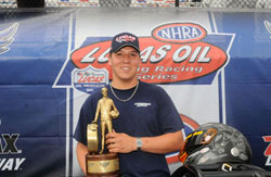 Dave Connolly gets Wally in NHRA Top Dragster National Event