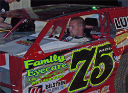 Elliot Despain had two back to back wins at Clinton County Speedway in Alpha, Kentucky