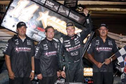 Jason Meyers and the Elite Racing Team recently expereinced a win at the Castrol Raceway in Edmonton, Canada in the 410 class of the World of Outlaws Series.