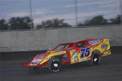 Elliot Despain finished the inaugural year of the new American Modified Series with Rookie of the Year honors and fourth overall in the point standings.