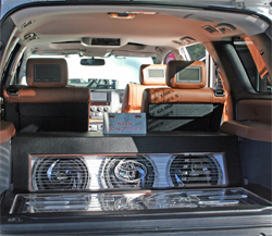 Sony Xplod audio entertainment system on 2008 Toyota Sequoia Platinum Edition