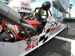 Frank Hawley's Dragster Adventure offers enthusiasts an opportunity to drive a dragster