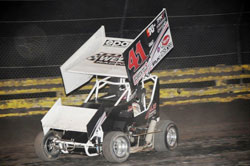 After a recent mishap of his own, Giovanni was able to shake it off, and go on to again set fast time, and to win the feature going away.
