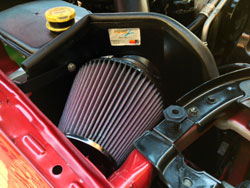 K&N's Jeep Cherokee air intake uses a K&N high flow conical air filter for excellent filtration and engine protection.