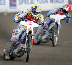 Jason Crump remains the 2009 points leader in the World Speedway Grand Prix