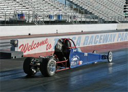 Junior Dragster teen Joey McCune will compete for cash in 2010