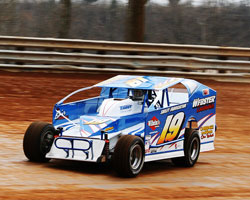 Jordan (Jr.) racing at Hagerstown Speedway